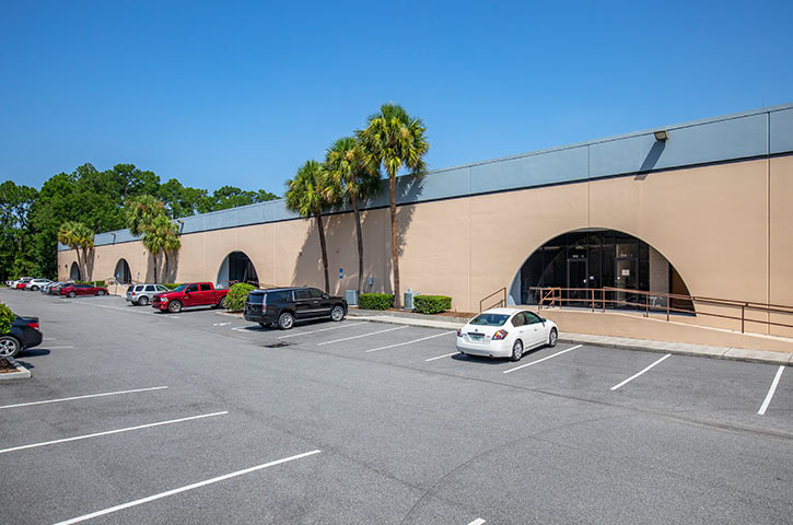 Exterior of Bayberry 7970 & 7980 in Jacksonville, FL