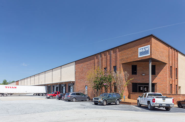 Exterior of Southern Road in Morrow, GA